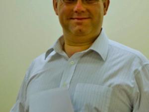 Dr. Richard Bradley